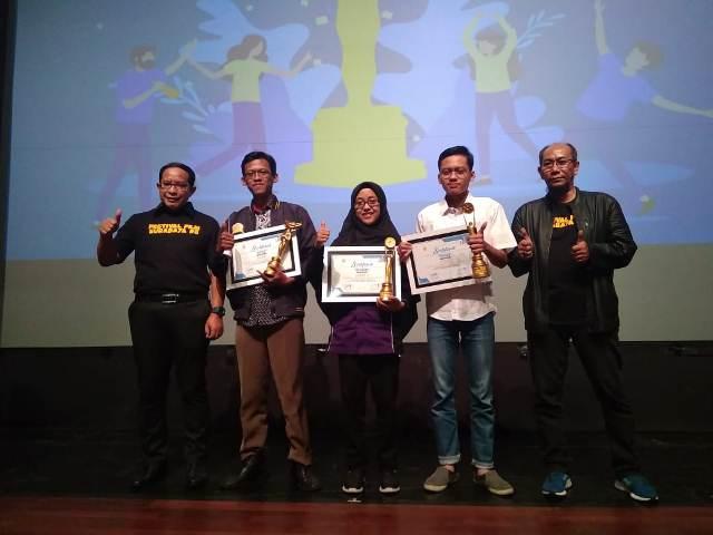 Juara Lomba Festival Film Surabaya